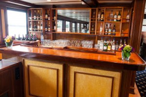 bar on board a charles riverboat vessel