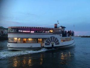 charles riverboat lexington at dusk