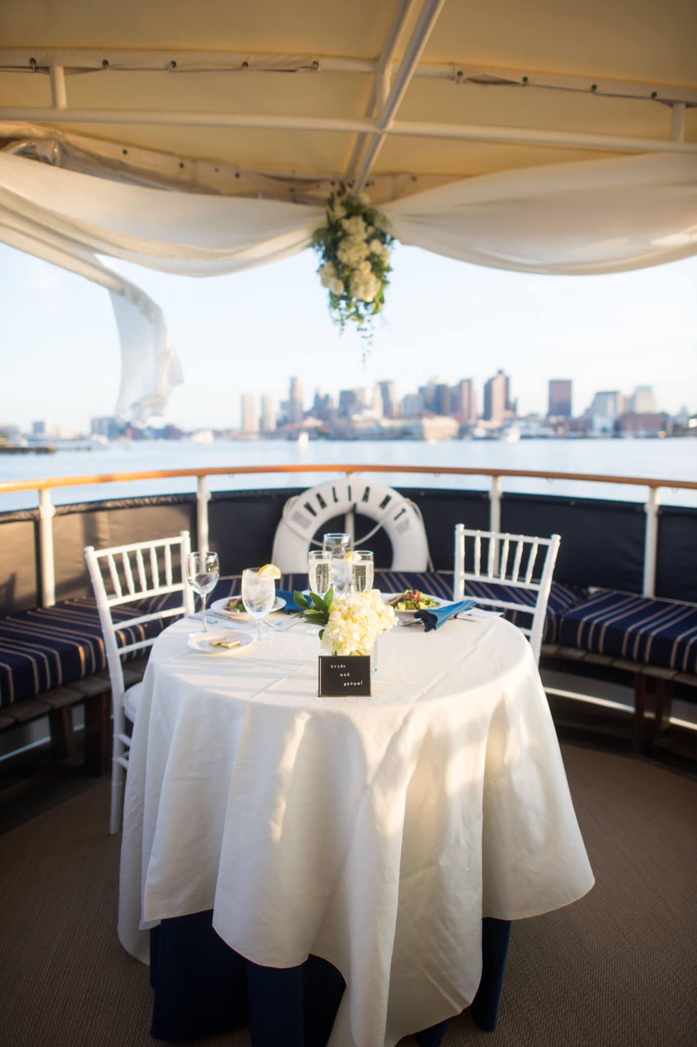 bridal table on the valiant